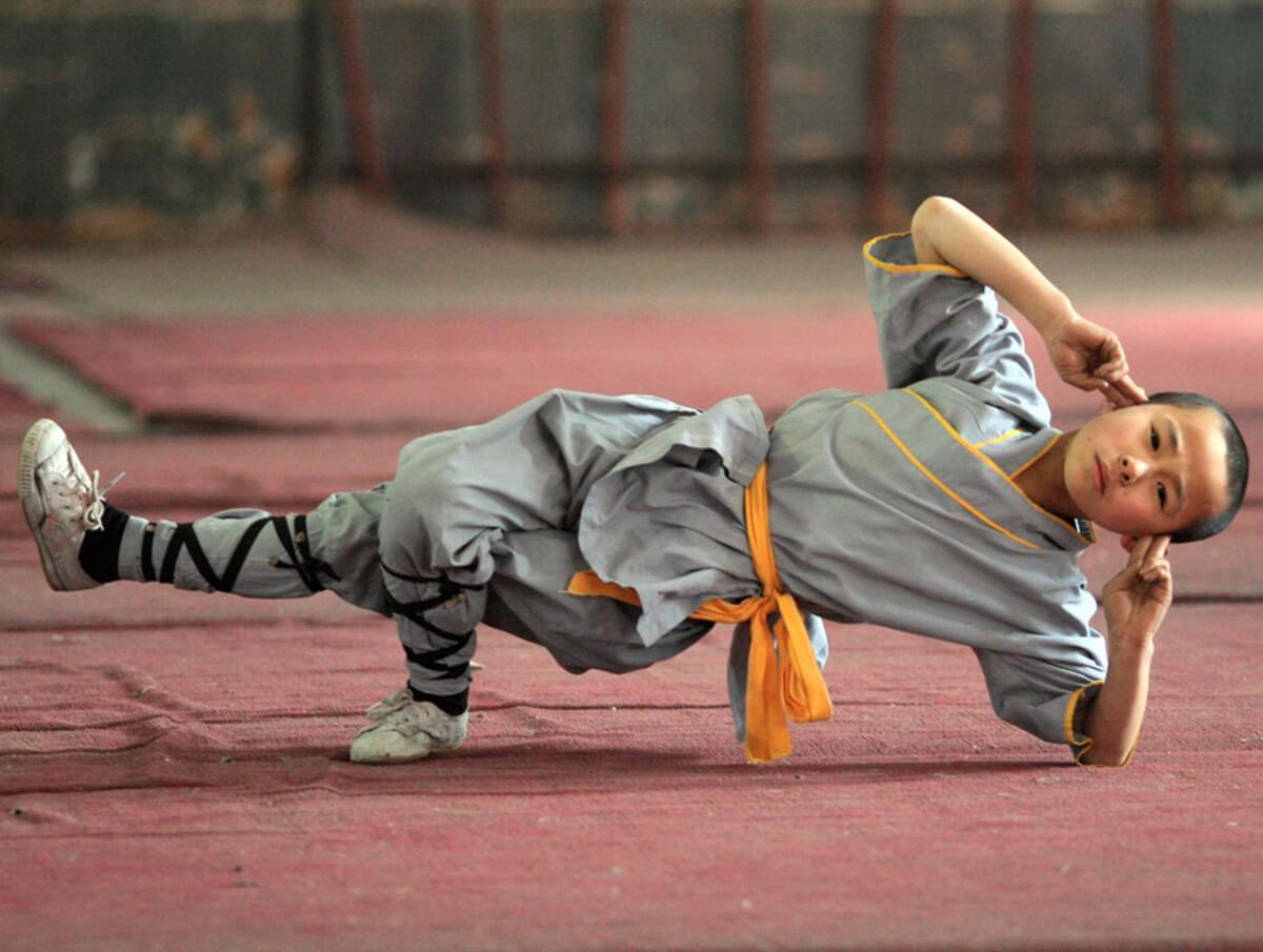 ушу, кунг-фу, боевые искусства, восточные единоборства, шаолинь, тайцзицюань, цигун, бацзицюань, приемы самообороны